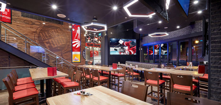 8. Digital signage for bar: Boston Pizza digital revamp - Kitcast Blog