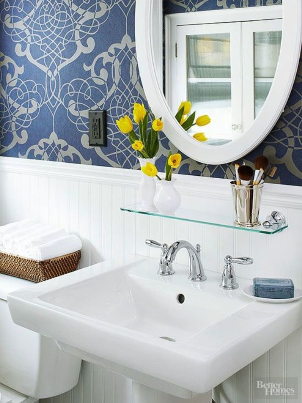 7 Genius Pedestal Sink Storage Ideas For Your Home