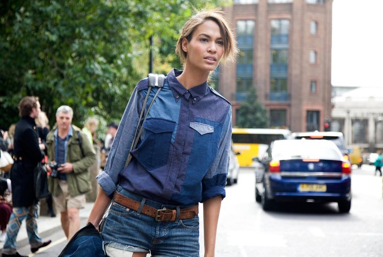 016-joan-smalls-phil-oh-lfw2-street-style-tomboy_162955271446 (1)