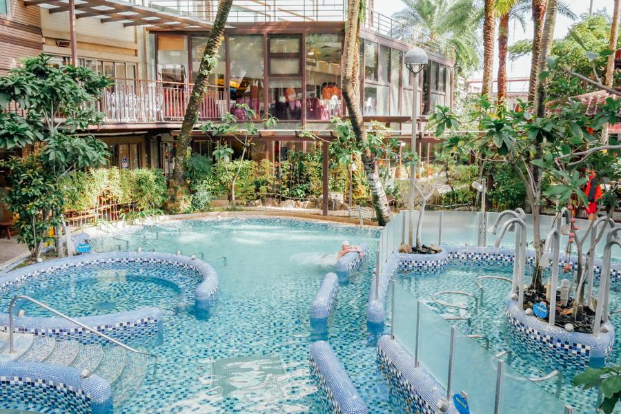 中冠溫泉大飯店 星和傳說溫泉水世界按摩池 1