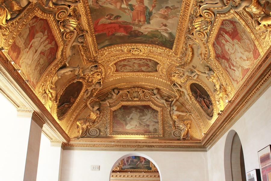900 羅浮宮內部裝潢 4