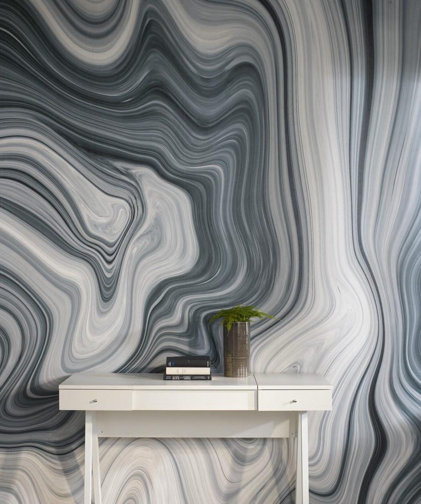 Siyah-beyaz duvar dekorasyonu