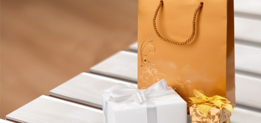 closeout gift wrapping