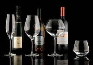 чаша за вино Visio от ръчно духано стъкло на IVV