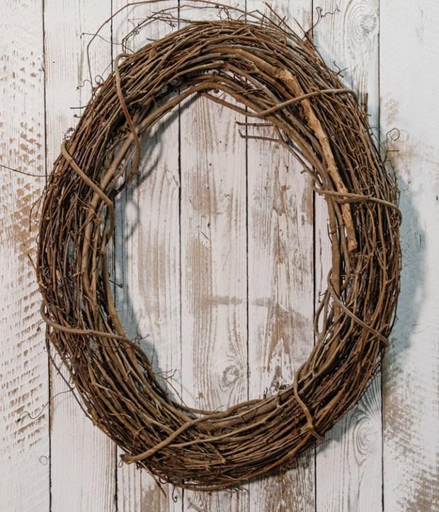 oval grapevine wreath