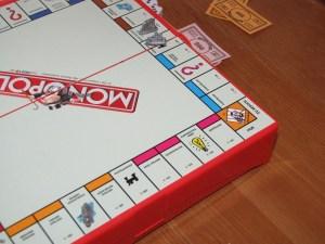4 actividades para practicar finanzas con niños monopoly