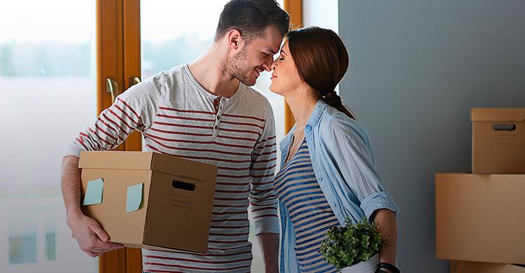 ¿Recién casado?Administra el dinero de manera productiva