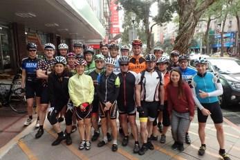 Die ganze Gruppe vor der Abfahrt in Taipei