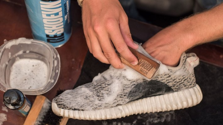 How to clean Yeezys