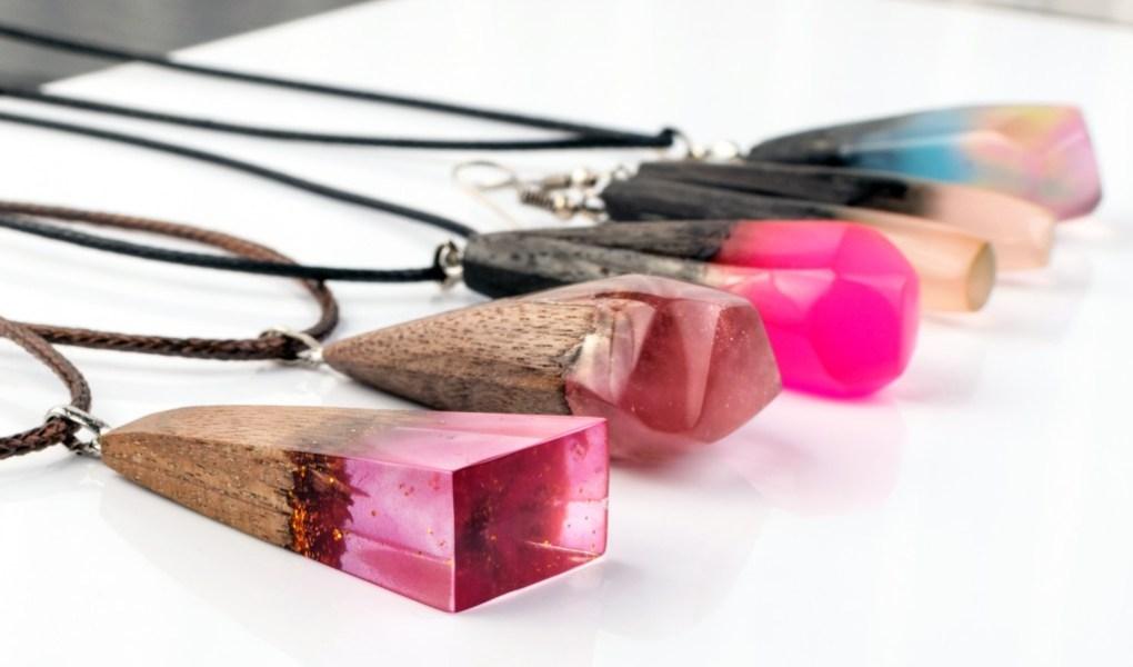 DIY : Fabriquer ses bijoux en résine | Blog La FoirFouille