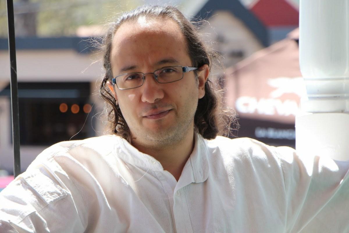 Ángel Mota Berriozábal en Metrópolis Azul.