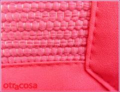 Detalle de textura de la alfombra Argola grande