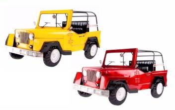 Jeep metálico para pared