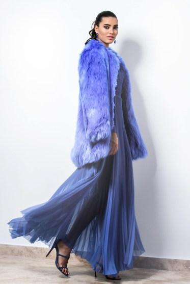 beautiful-dress-elegant-1375736-639174130-1562668194740.jpg
