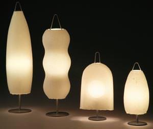 Lampada in carta Washi AOYA della designer Toshiyuki Kita