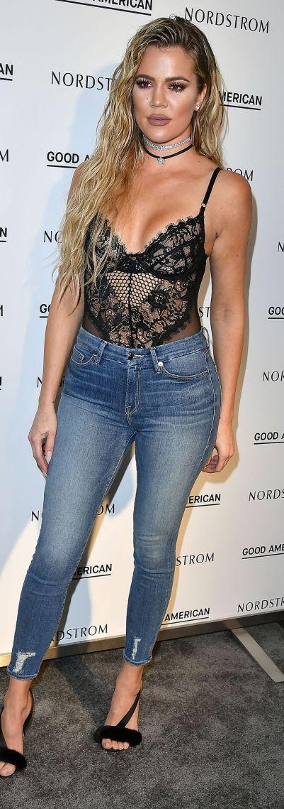 Tendances lingerie de stars : Khloe Kardashian et son combo body et jeans | Photo ©Getty Images