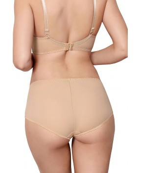 Un shorty nude sous des leggings : discrétion assurée | Shorty by Axami