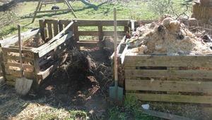 Compost en trois tas