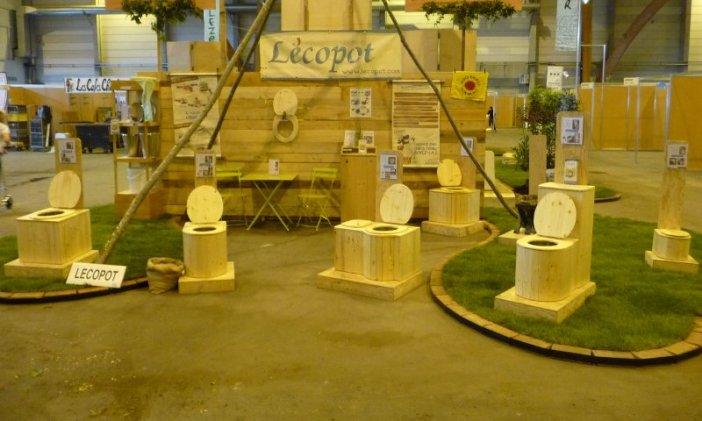 Le stand de l'entreprise Lécopot lors de la foire éco bio d'Alsace 2014.