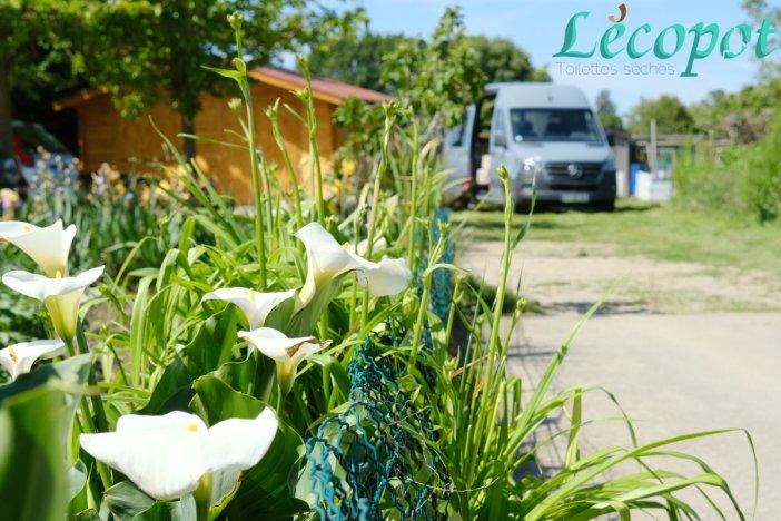 Fourgon de lécopot aux jardins familiaux de la Garonne