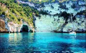 Sailing around Lefkada