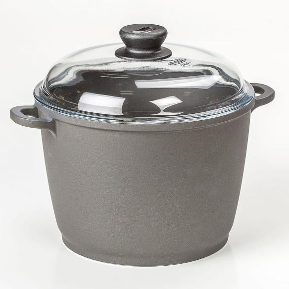 Durable cast aluminum stockpot is much lighter than cast iron versions, but still has a great non-stick finish that won't peel. Its major advantage is its flat aluminum base, which heats quickly and cools quickly (unlike cast iron). German-made.