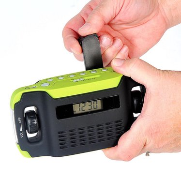 hnad-cranked radio and flashlight