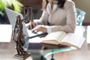 Motivación laboral, firma de abogados