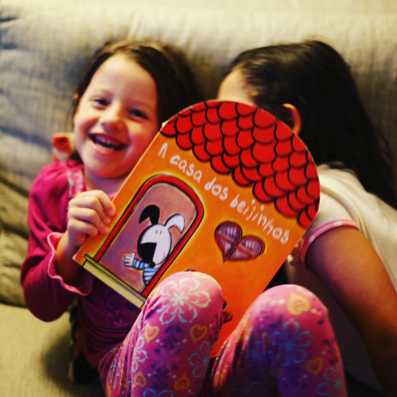 Livro a casa dos beijinhos