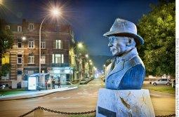 Lüttich ist die Geburtsstadt des Schriftstellers Georges Simenon, Erfinder des Kriminalkomissars Maigret. Simenon Büste am Place de Congres. Foto © Dietrich Hackenberg