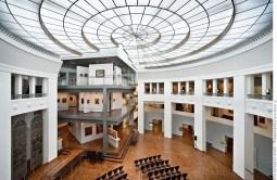 Rotunde mit Glasdach im Museum für Kunst und Kulturgeschichte Dortmund. Foto © Dietrich Hackenberg