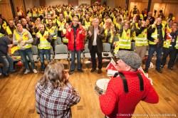 Stimmung auf der Streikversammlung von Amazon im Kolpinghaus Werne. Verdi amazon Streik in Werne am 24.09.2014. Foto © Dietrich Hackenberg - www.lichtbild.org