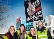ver.di Handel NRW - Streikveranstaltung vor der real,- Zentrale in Mönchengladbach. Foto Dietrich Hackenberg