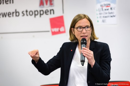 1. Runde Tarifverhandlung ver.di Einzelhandel NRW in Düsseldorf. Foto Dietrich Hackenberg