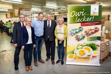 Minister Laumann besucht die OWI - Ei-Erzeugergemeinschaft Hof Determeyer