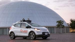 image of autonomous vehicle with levels of drving automation