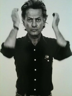 Self portrait of all time great photographer Richard Avedon.
