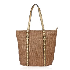 21 Secrets to Summer Style - Beach Tote