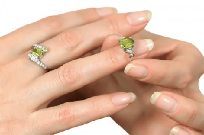 August Birthstone Peridot - Peridot Rings