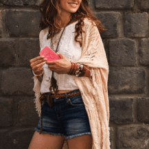 Trendspotter - Seventies Fashion - Crochet Shaw