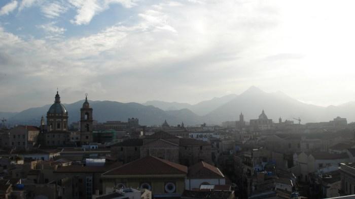 palermo und die berge