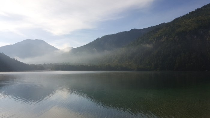 Morgennebel am Plansee