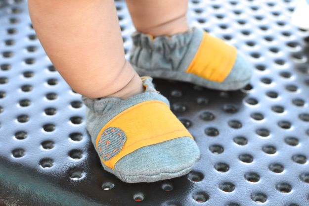 Baby shoe sewing pattern