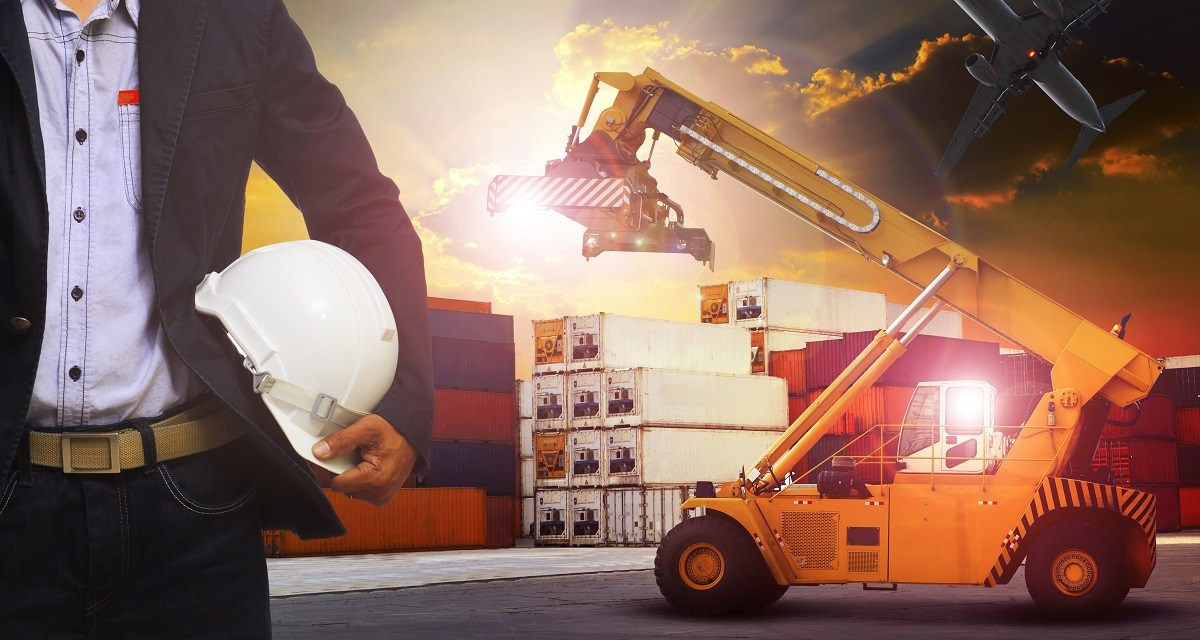 3 Reasons There Will Always be a Human Behind Logistics Technology