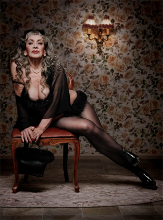 mature pin up