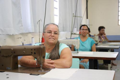 16.09.2019 Turma de curso de costura industrial