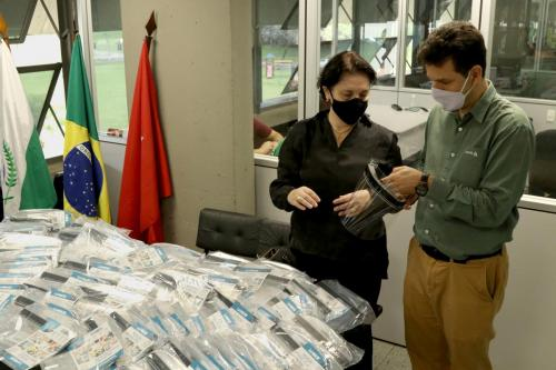 26.06.2020 - Doação de máscaras face shield para Assist. Social- Fotos: Emerson Dias
