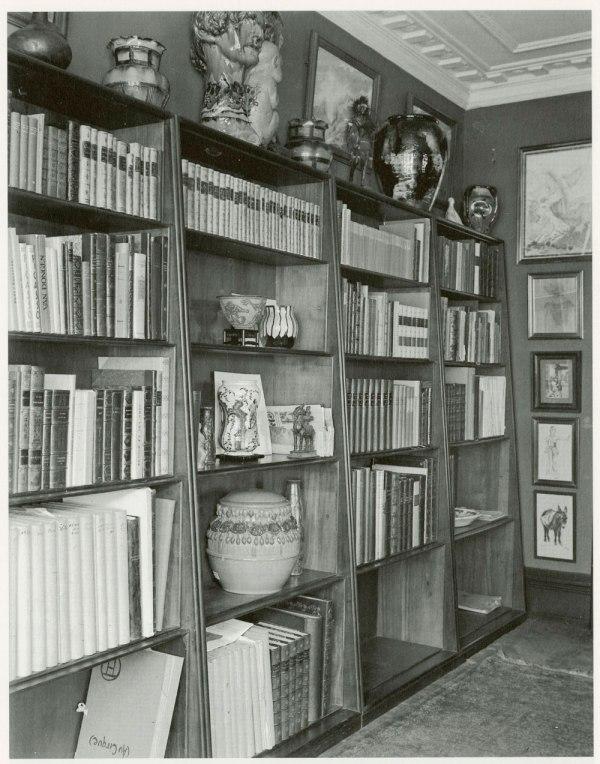 klint_bookcase_photo