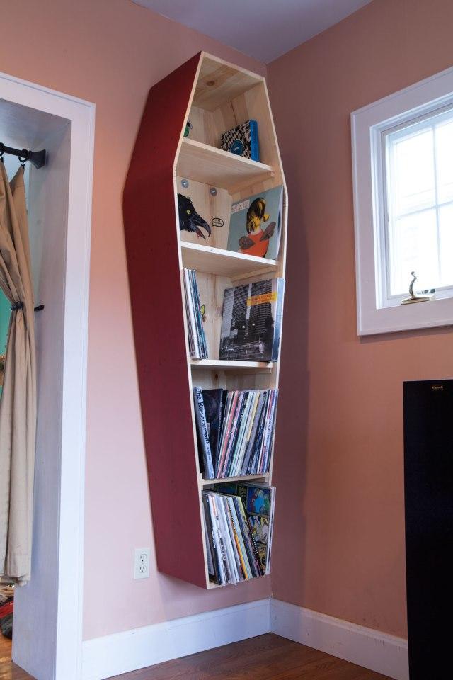 coffin_bookshelves_color_IMG_2237