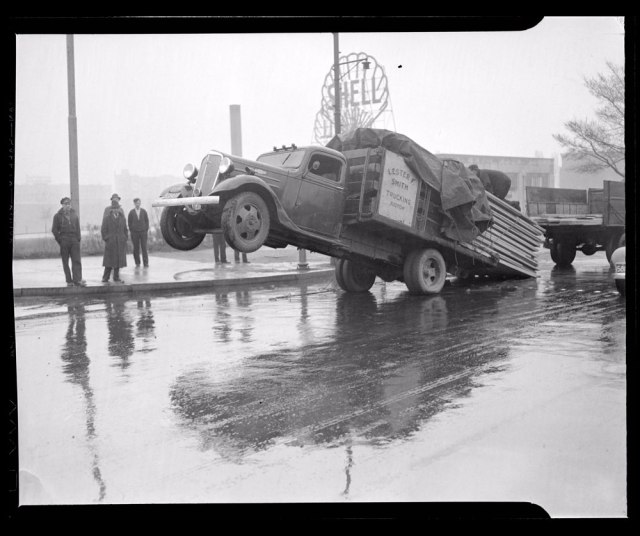 lumber-truck-accident_1937